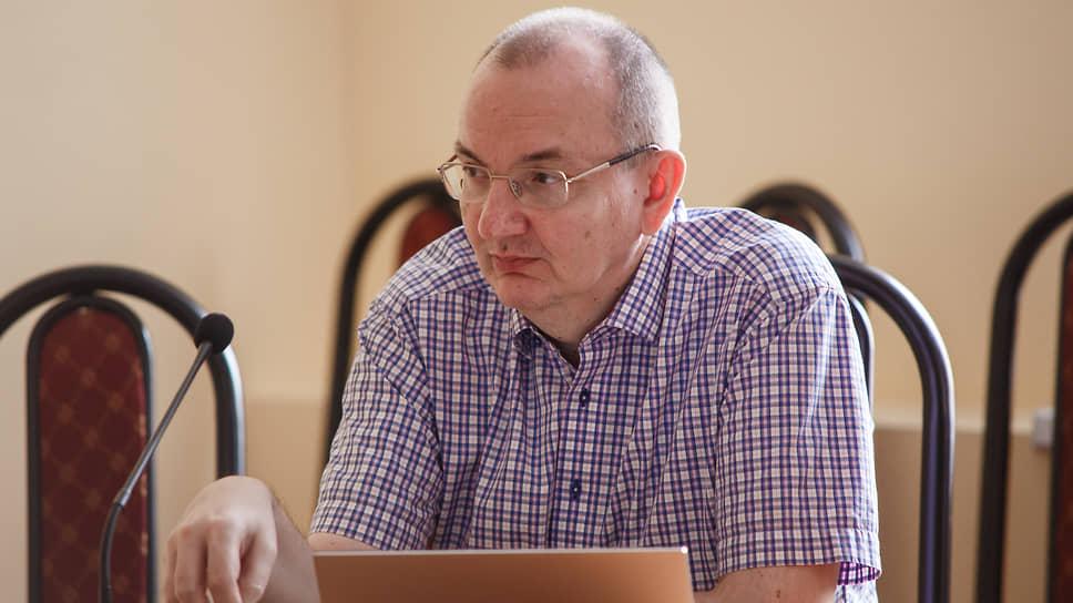 Профессор ЕУСПб Сергей Абашин: «Стройиндустрии непросто конкурировать с сервисами доставки и такси»