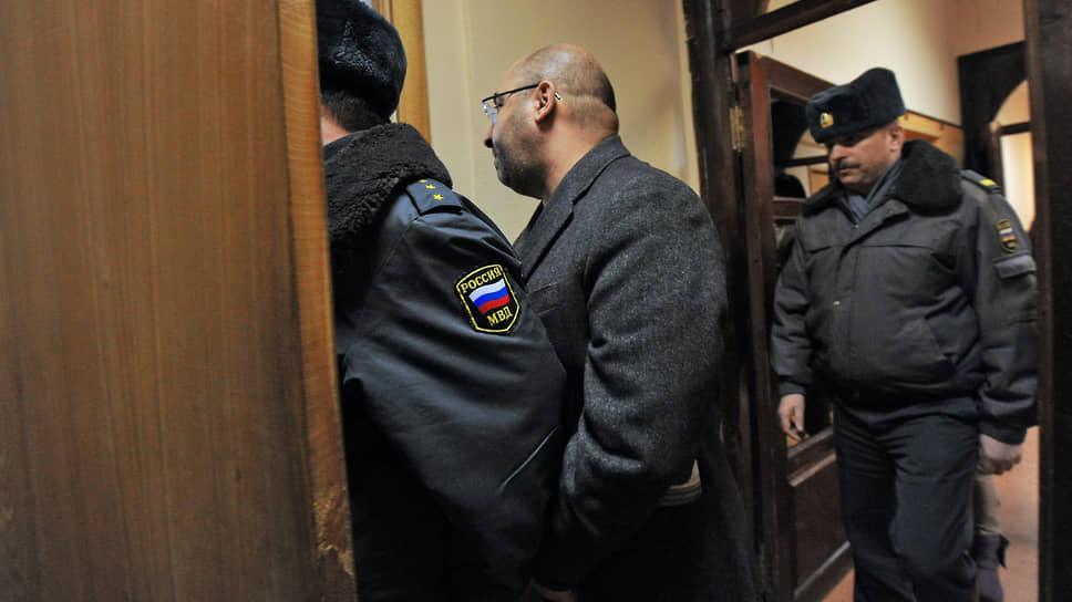 Бывший зампред правления Внешэкономбанка обвиняется в хищении нескольких миллиардов рублей