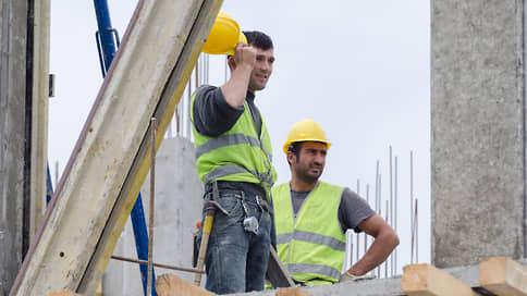 Мы не прорабы, прорабы не мы  / Куда ведет российскую строительную отрасль зависимость от иностранных рабочих