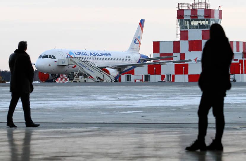 Российские авиакомпании стали чаще задерживать рейсы по мере возвращения объема перевозок к уровням до пандемии