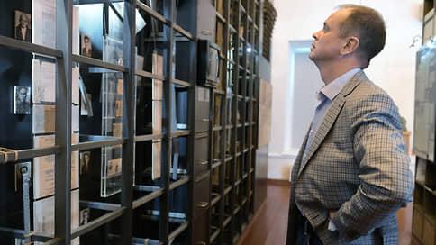 Жалобы адвокатов пропустили через судейский конвейер  / Серию обысков у защитника Ивана Сафронова признали законной и обоснованной