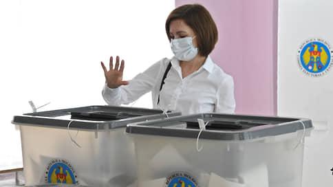 Майя Санду поднимает партию на очистку Родины // Чем займутся президент Молдавии и ее Действие и солидарность после убедительной победы на выборах