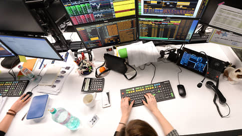 Иностранные акции доросли до фьючерсов  / Российские биржи планируют расширить срочные секции