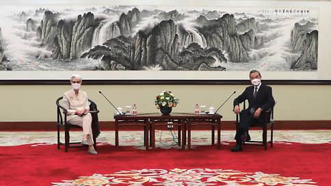 США и Китай строят стену доверия  / Вашингтон и Пекин договариваются о правилах соперничества