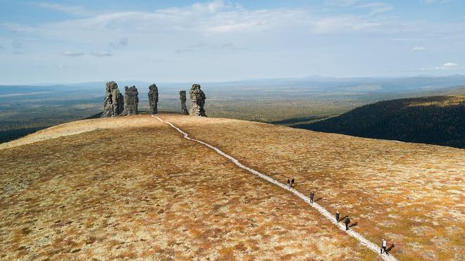 Не в бронь, а в глаз  / Российский туризм нацелили на создание национальной системы резервирования