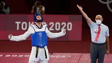 Лучший ногоборец Олимпиады  / Тяжеловес Владислав Ларин принес сборной России второе золото в тхэквондо