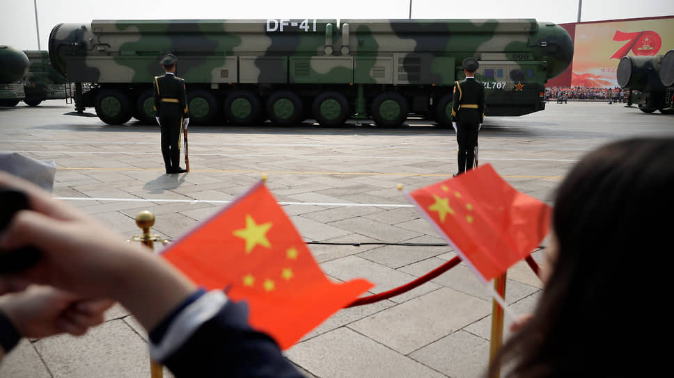 Стремительно наращивая число межконтинентальных баллистических ракет, Китай составляет все большую конкуренцию двум великим ядерным державам — США и России