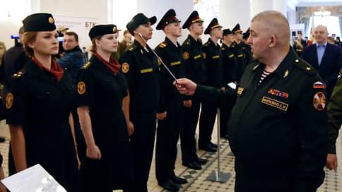 Генералу Росгвардии присвоили звание мошенника  / Бывшему главному тыловику грозит восемь лет за салон красоты супруги