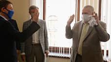 Пандемические разногласия  / Эксперты проанализировали отношение партий к коронавирусу