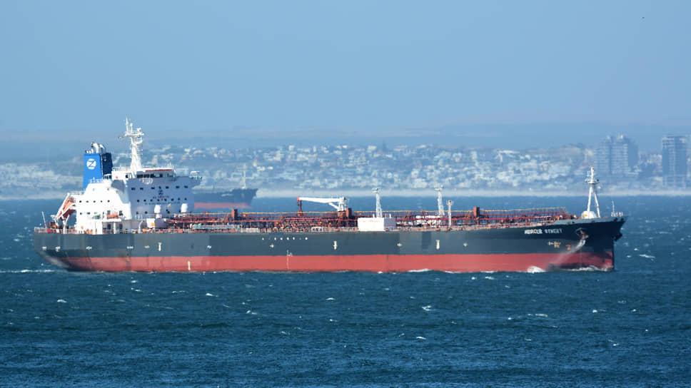 Поигрывание танкерами / Израиль и его союзники возложили на Иран вину за атаку в Аравийском море