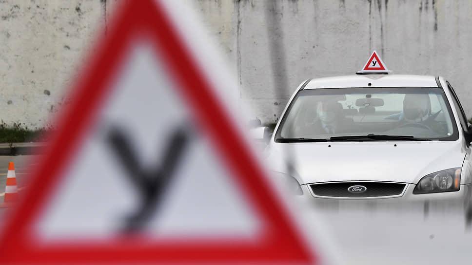 Все меньше кандидатов в водители сдают практический экзамен с первой попытки