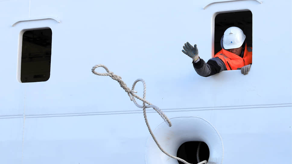 Поправки в закон об электроэнергетике отвяжут плавучие атомные блоки «Росатома» для Баимского ГОКа от энергосистемы страны