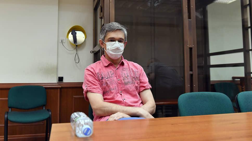 Экс-гендиректора АО «Российская венчурная компания» Александра Повалко обвиняют в злоупотреблении должностными полномочиями, причинившими многомиллионный ущерб