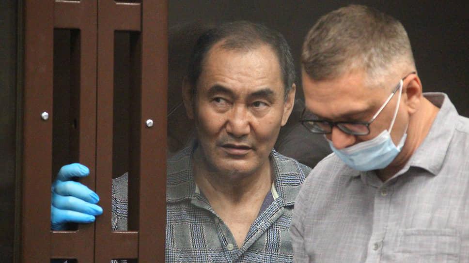 Михаил Музраев попросил дать ему выступить в начале судебного следствия