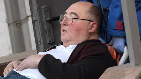 Арест продлили на уколах // Защита Бориса Шпигеля не убедила суд, что его нужно выпустить из СИЗО