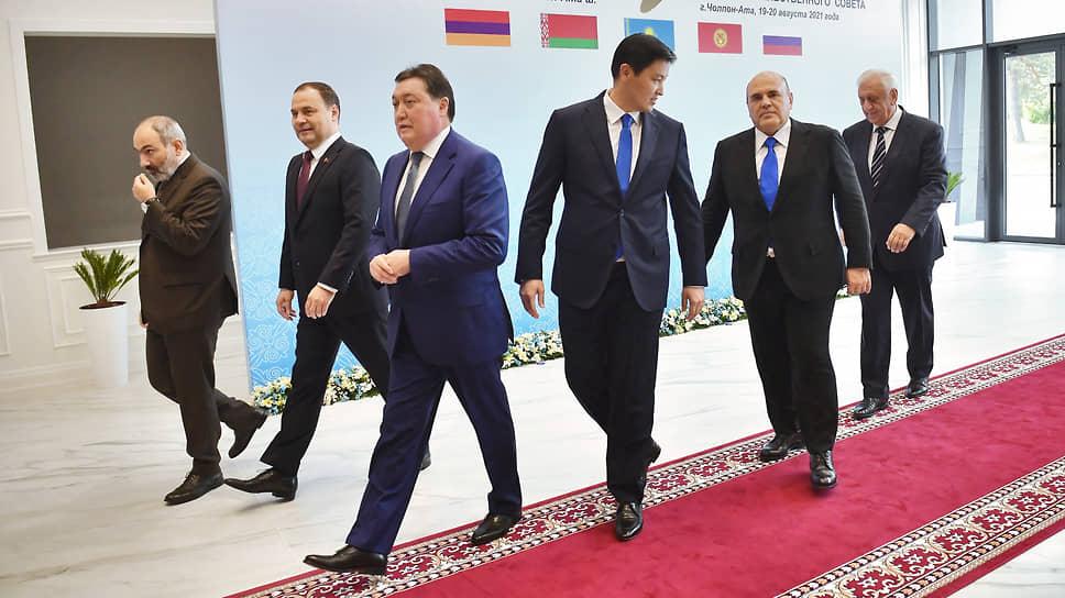 На заседании межправсовета ЕАЭС в Чолпон-Ате премьеры стран «пятерки» намерены продолжить движение к полному снятию барьеров на внутреннем рынке союза