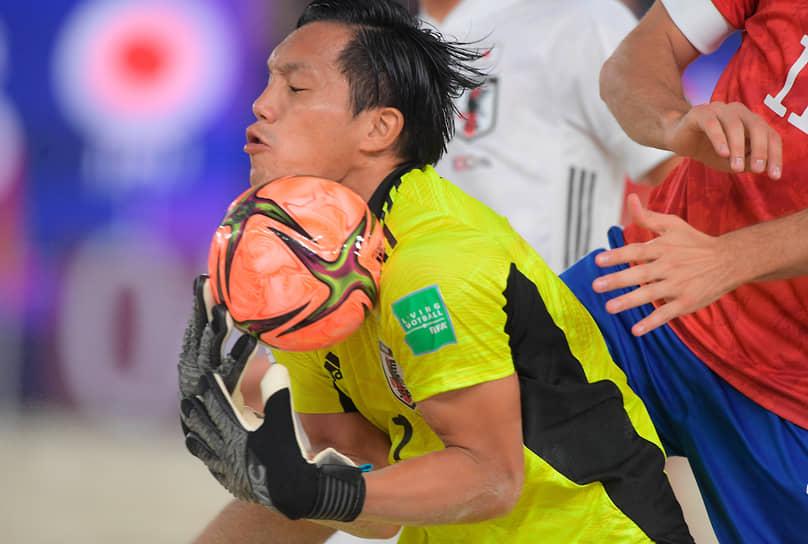 В четвертьфинале россияне переиграли испанцев, а в игре за выход в финал оказались сильнее швейцарцев в серии пенальти