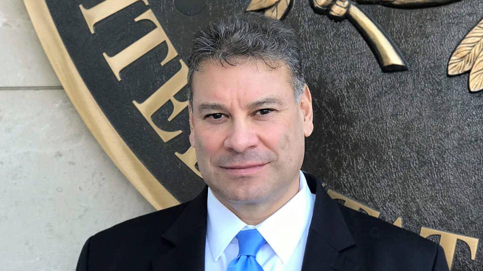 Спецпредставитель президента США на Балканах Габриэль Эскобар