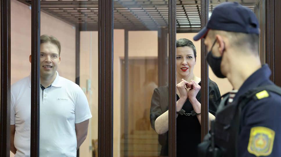 Соратники Максима Знака и Марии Колесниковой уверены, что белорусским властям стоило бы не сажать их в колонию, а, наоборот, поблагодарить — за то, что протестами 2020 года не смогли воспользоваться настоящие экстремисты