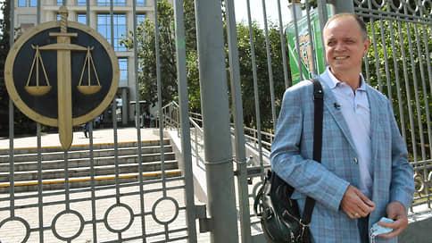 Иван Павлов все слишком тбилисско принял к сердцу  / Известный адвокат уехал за границу из-за невозможности полноценно работать после уголовного дела