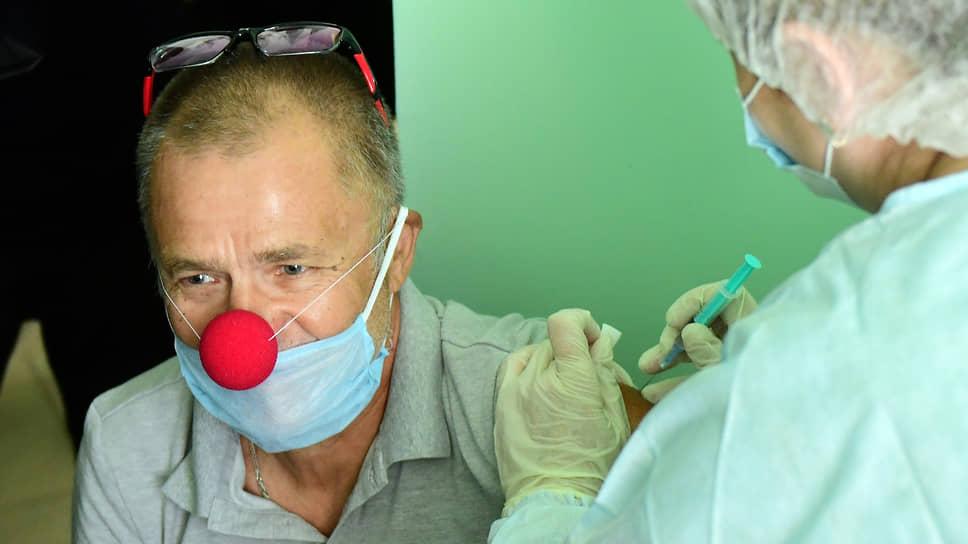 В Минздраве готовят новые рекомендации относительно совместимости прививок от коронавируса и гриппа