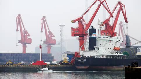 Китай распродает нефтяные резервы // Власти страны объявили детали первого публичного аукциона