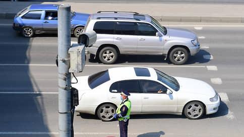 Со средней скоростью поторопились / ГИБДД отказалась от штрафов водителей с помощью парных камер