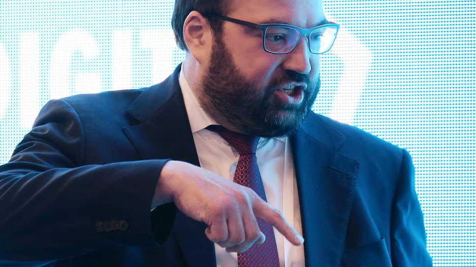 Минцифры во главе с Максутом Шадаевым указало на желательность расширения программы льготного кредитования компаний, проводящих цифровую трансформацию