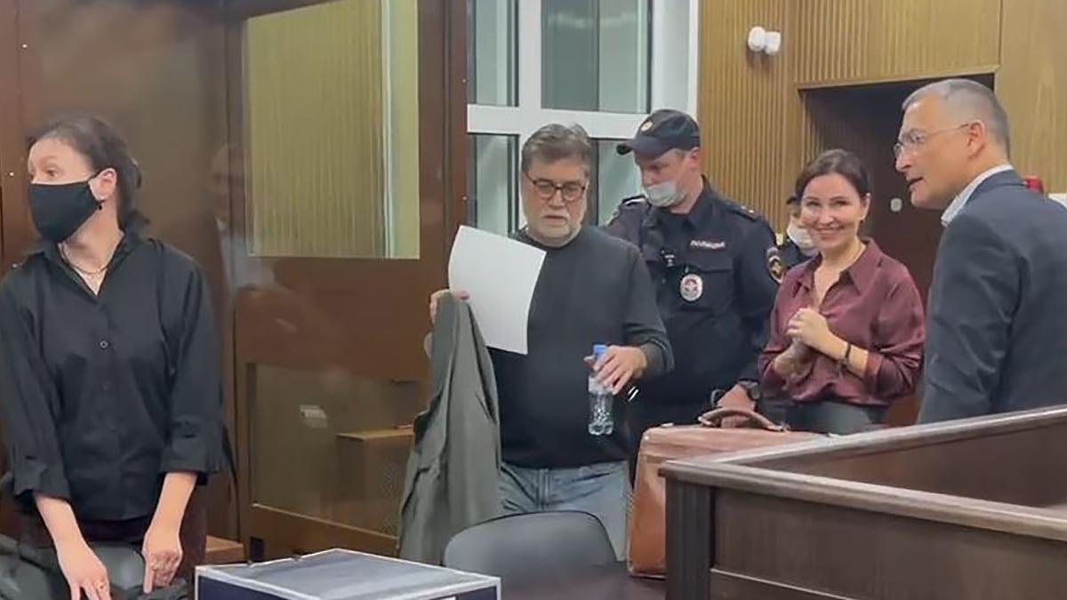 Ректора «Шанинки» обвинили после приступа