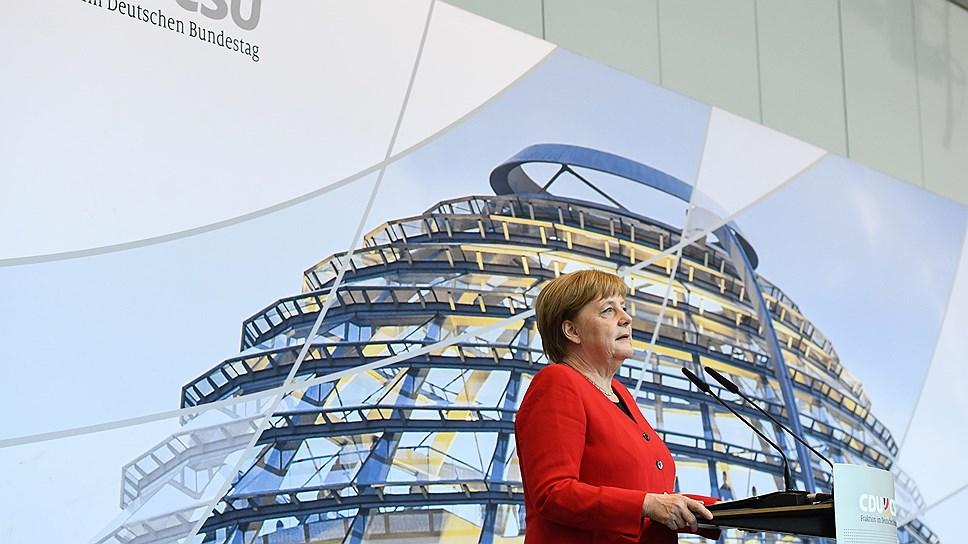 Построив свою Германию, Ангела Меркель уходит, но придет ли на ее место партийная сменщица Аннегрет Крамп-Корренбауэр, это еще большой вопрос