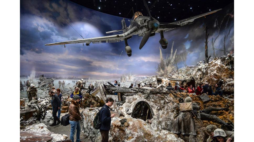 Участники российско-германского молодежного обмена смогли посетить экспозицию панорамы битвы за Ленинград
