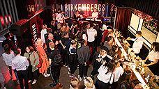Парни Bikkembergs устроили вечеринку в столичном Kisa bar