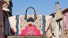 Кристиан Лубутен создал «португальскую» сумку