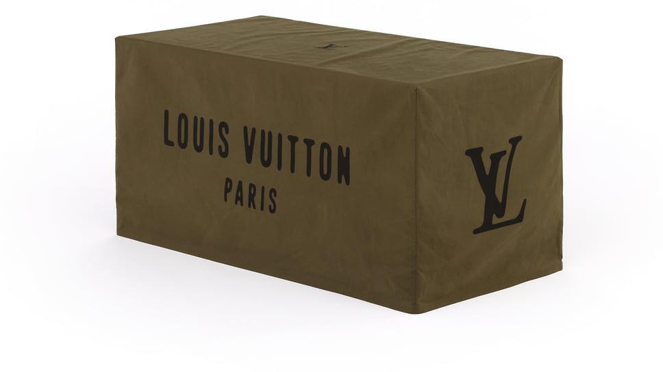 Сундук Louis Vuitton художника Nigo