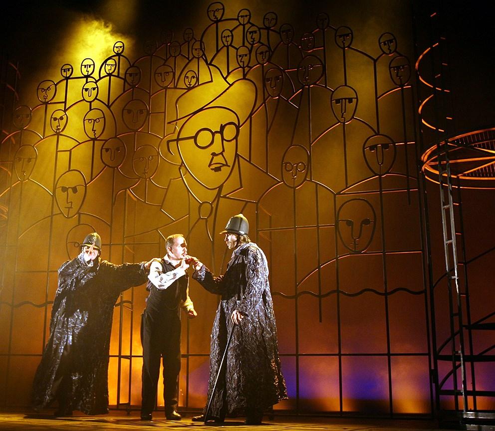 Спектакль «Улисс» на сцене театра «Мастерская Петра Фоменко». Постановка Е. Каменьковича