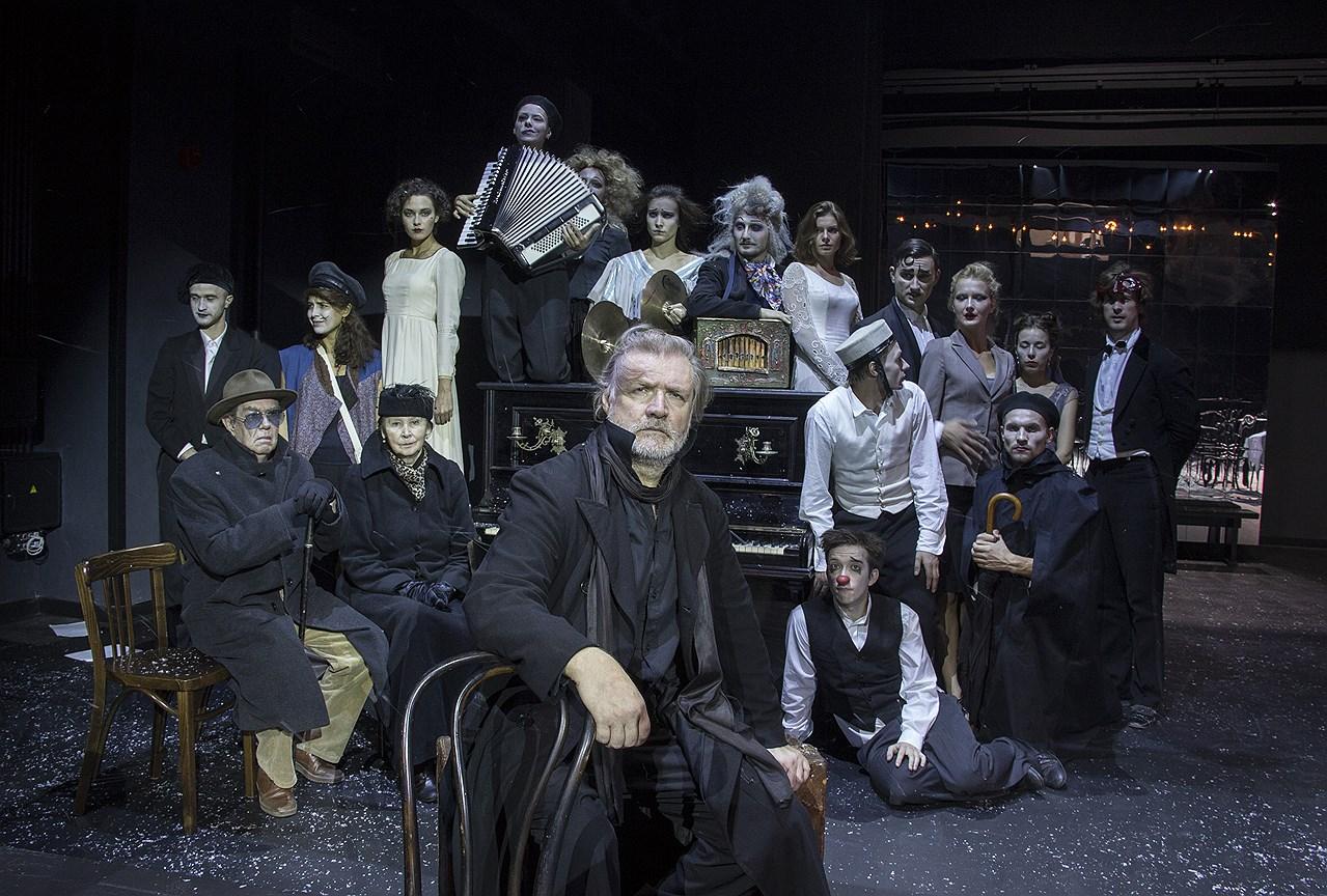 Спектакль «Минетти» на сцене Театра им. Евг. Вахтангова. Постановка Р. Туминаса