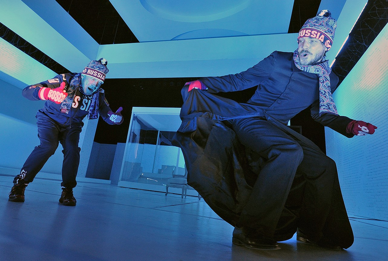 Спектакль «Идеальный муж» на сцене МХТ им. А.П. Чехова. Постановка К. Богомолова