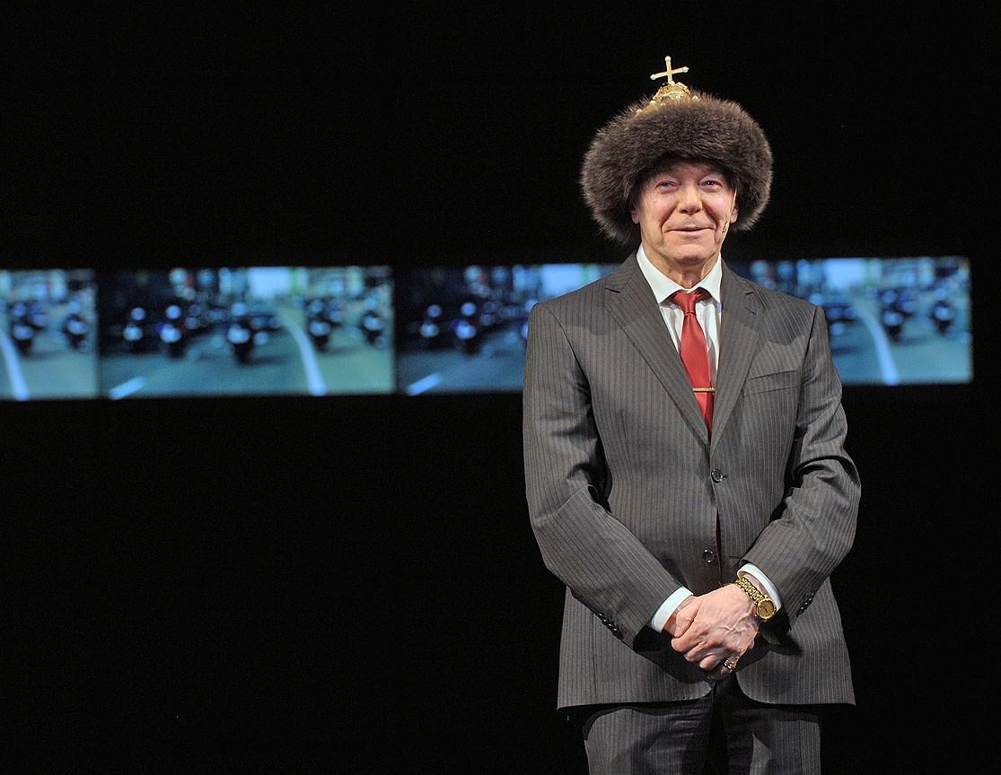 Спектакль «Борис Годунов» на сцене театра «Ленком». Постановка К. Богомолова