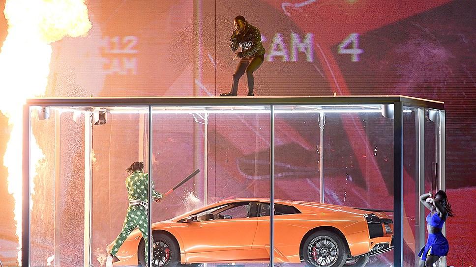 Кендрик Ламар во время выступления на  BRIT Awards 2018, Лондон