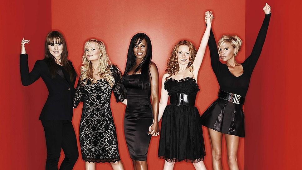 2008 год - Spice Girls перед тем, как группа распалась, и участницы занялись сольными карьерами