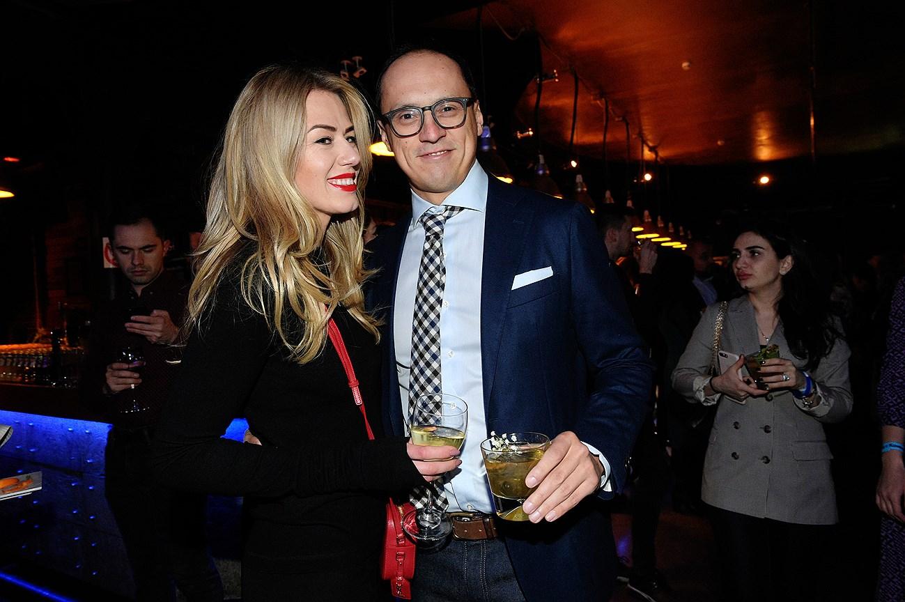 Генеральный директор Icon Suit Антон Федотов с супругой