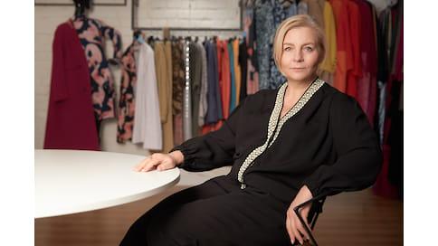 «Что мы сделаем, то и будет мода»  / Дизайнер Виктория Андреянова о сезонности в моде и униформе