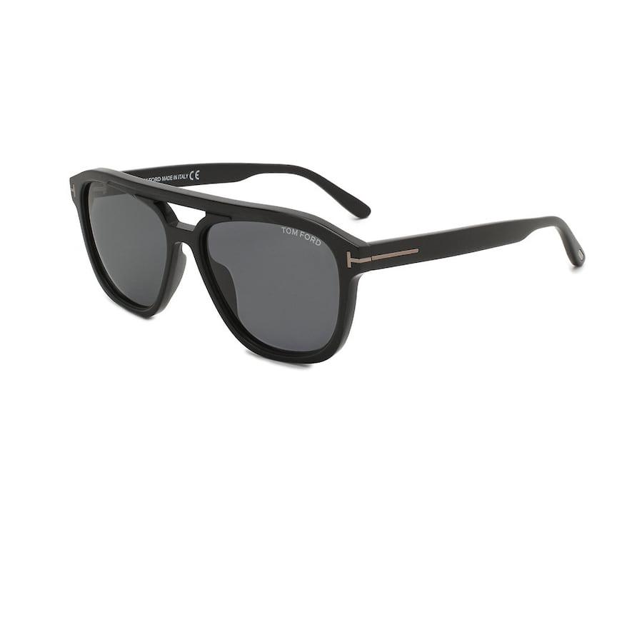 Tom Ford, солнцезащитные очки, 18 750 руб., tsum.ru