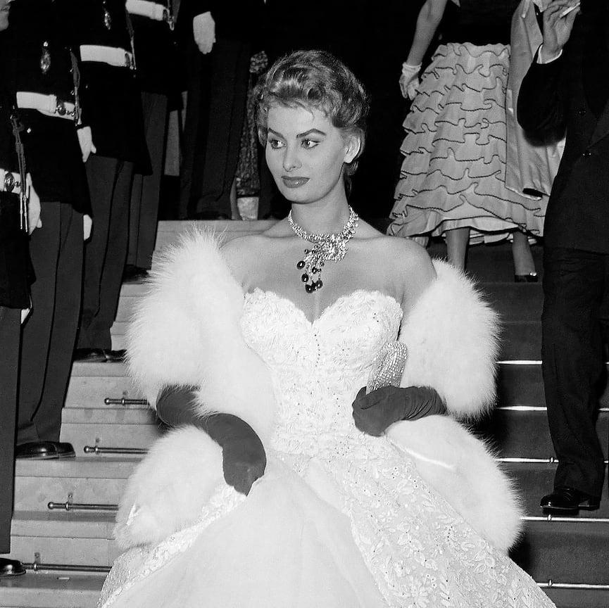 София Лорен в колье высокого ювелирного искусства, 1955 год