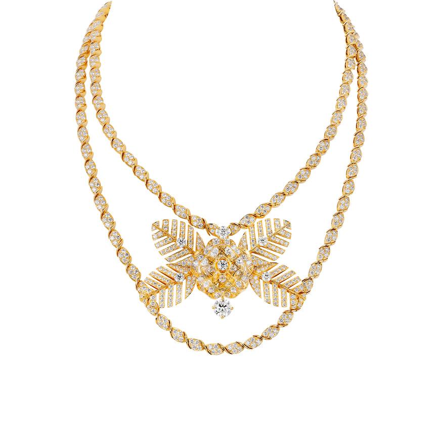 Chanel High Jewelry, колье Camelia Venitien, розовое золото, горный хрусталь, бриллианты