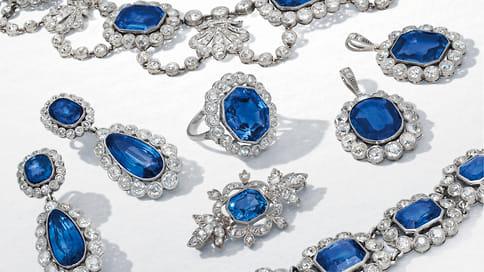 Все омоей пра-пра-прабабушке  / Императорские драгоценности наженевских торгах Christie's
