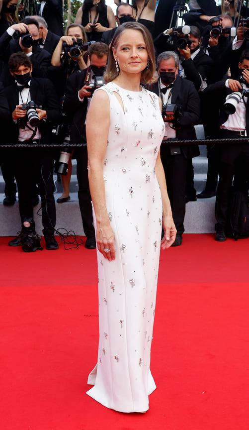 Актриса Джоди Фостер в платье Givenchy и украшениях Chopard
