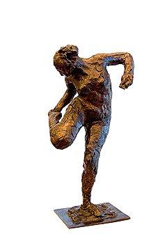 Благодаря программе Acceptance In Lieu бронзовая статуэтка Эдгара Дега «Танцовщица, смотрящая на ступню правой ноги» станет экспонатом одного из британских музеев