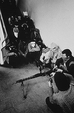 Не сумев свергнуть алжирское правительство, исламисты начали охотиться на журналистов