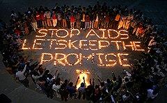 За тридцать лет на борьбу со СПИДом потрачены сотни миллиардов долларов, но лекарство так и не найдено